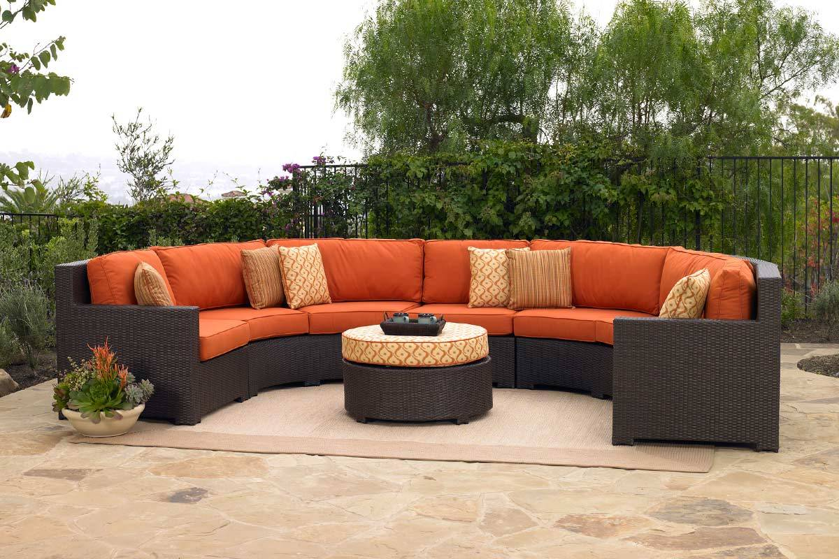 Image of: Minimalist Outdoor Sectional Furniture