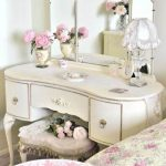 Mirrored Makeup Vanity Furniture