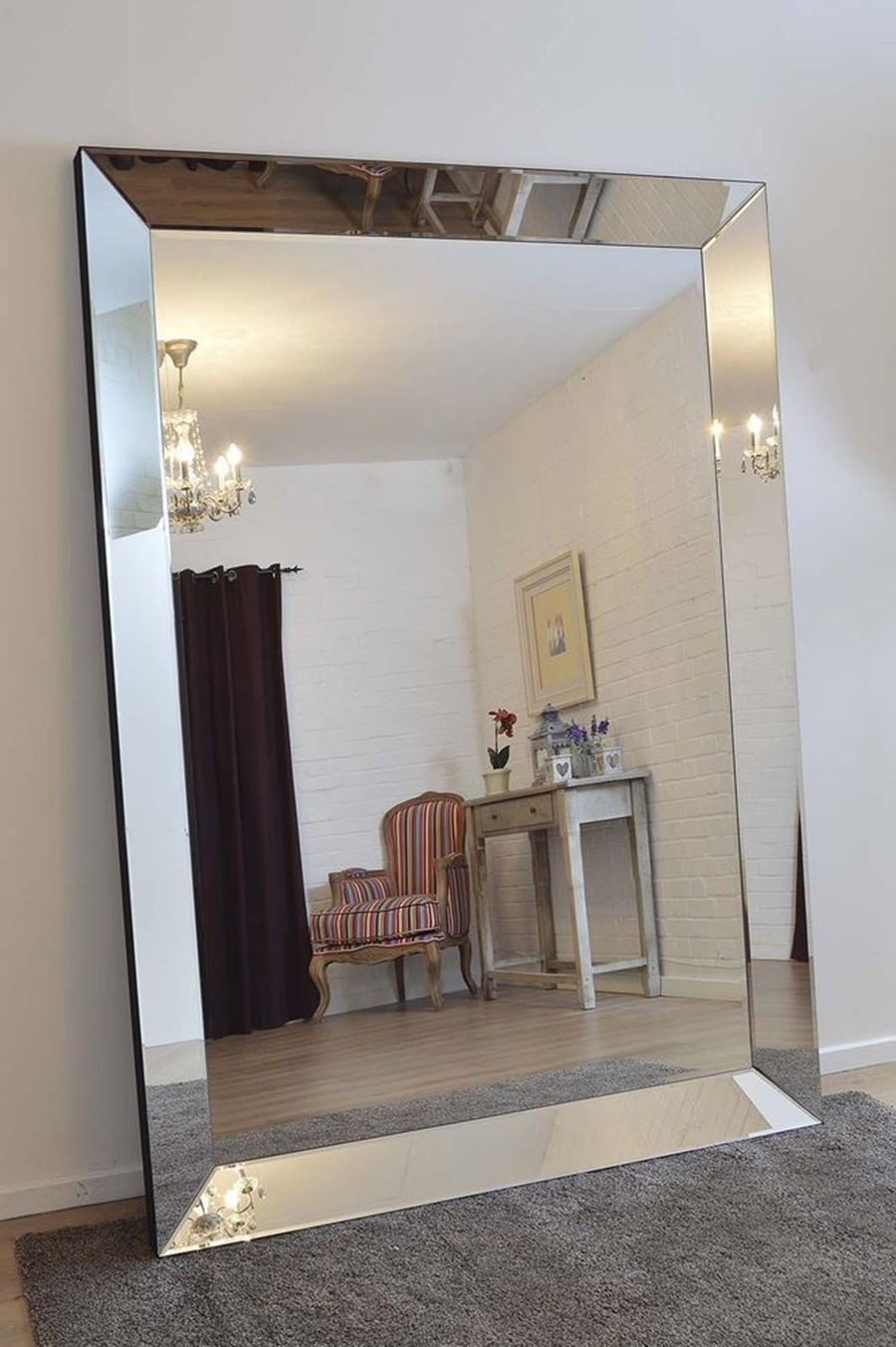 Image of: Modern Large Oversized Wall Mirrors