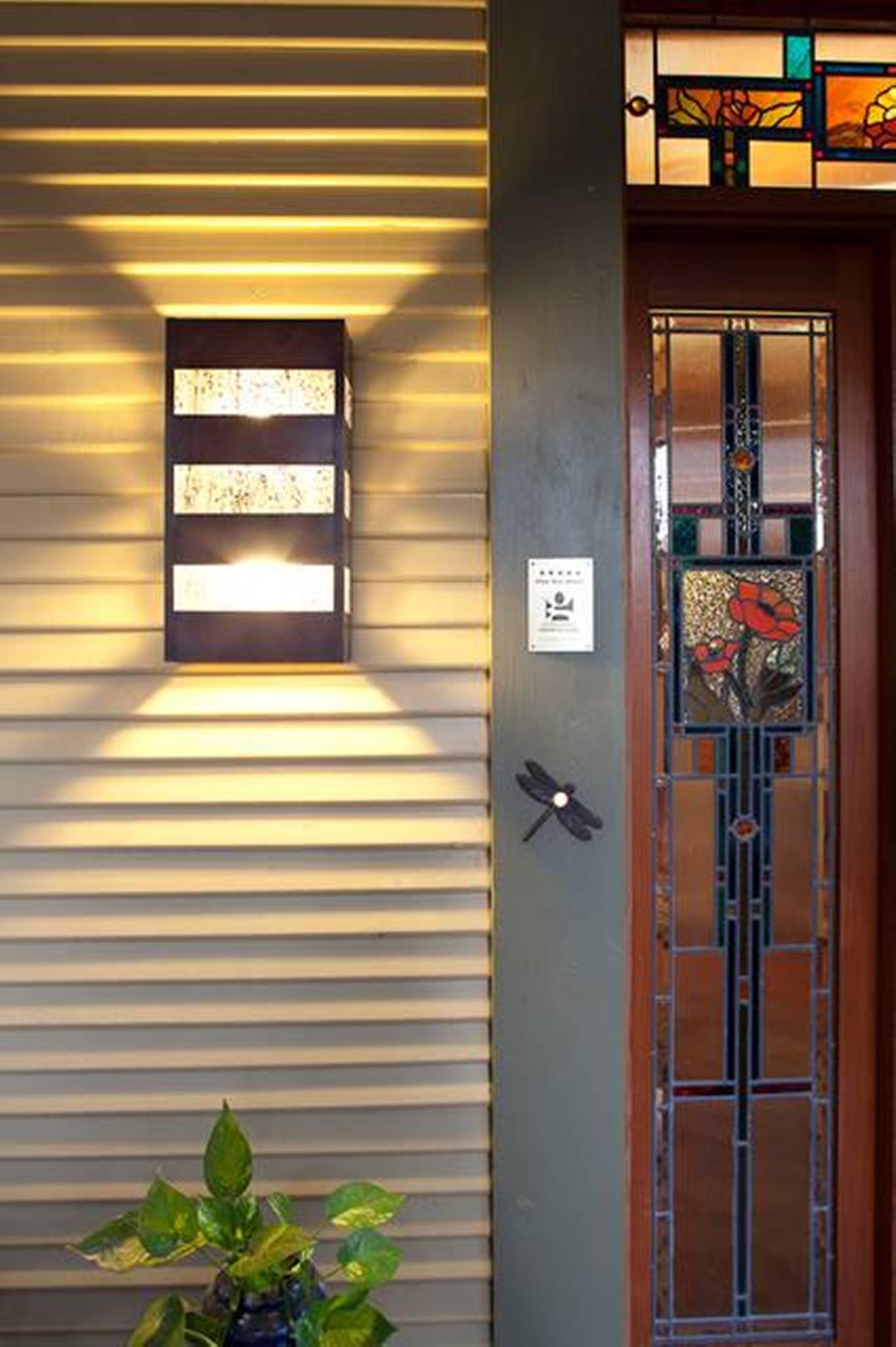 Image of: Modern Outdoor Wall Sconce