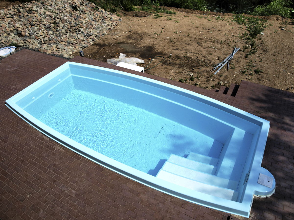 Image of: New Fiberglass Inground Pools