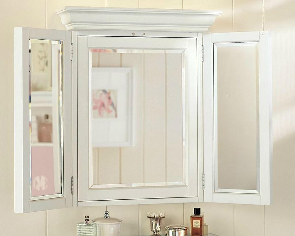 Image of: Nice Bathroom Mirrors