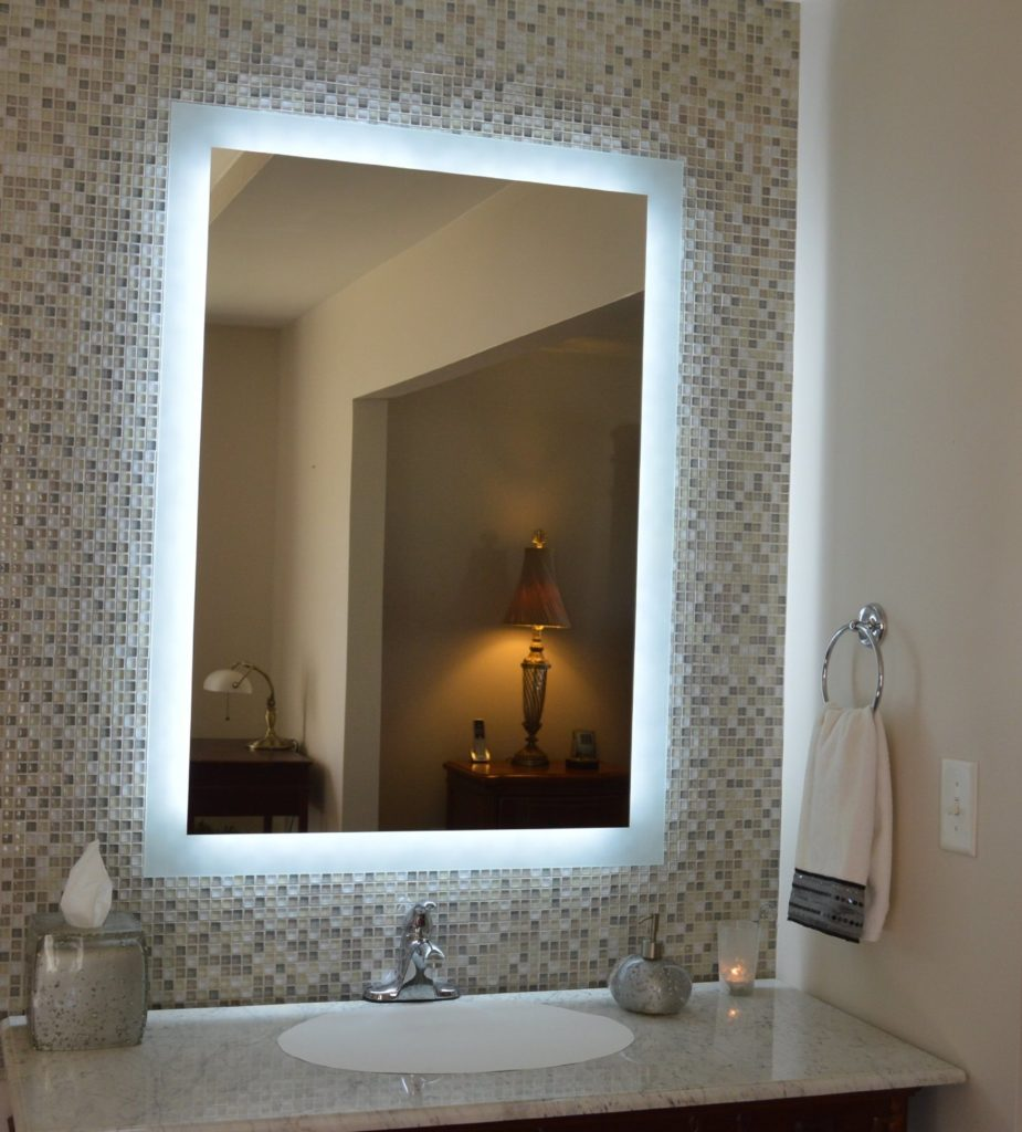 Image of: Nice Lighted Vanity Mirror