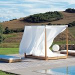 Outdoor Daybed with Canopy Designs