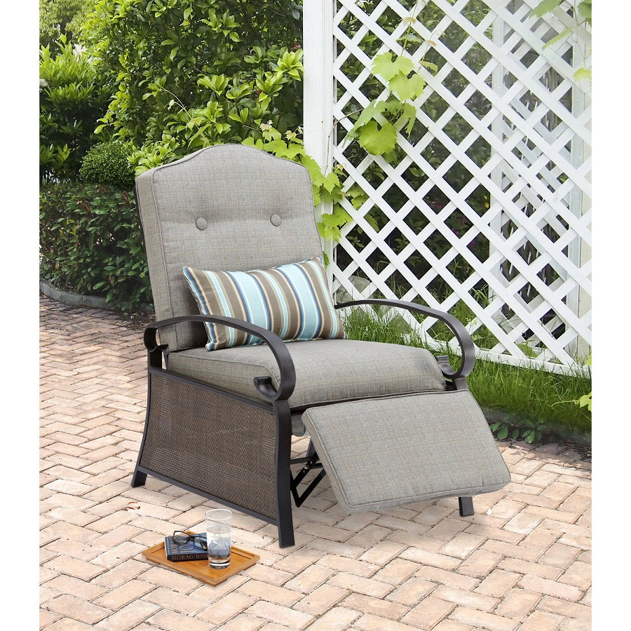 Image of: Outdoor Recliner Type