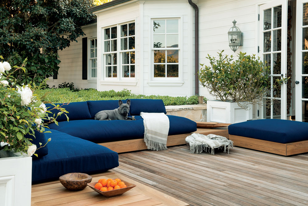 Image of: Outdoor Sectional Furniture in Blue