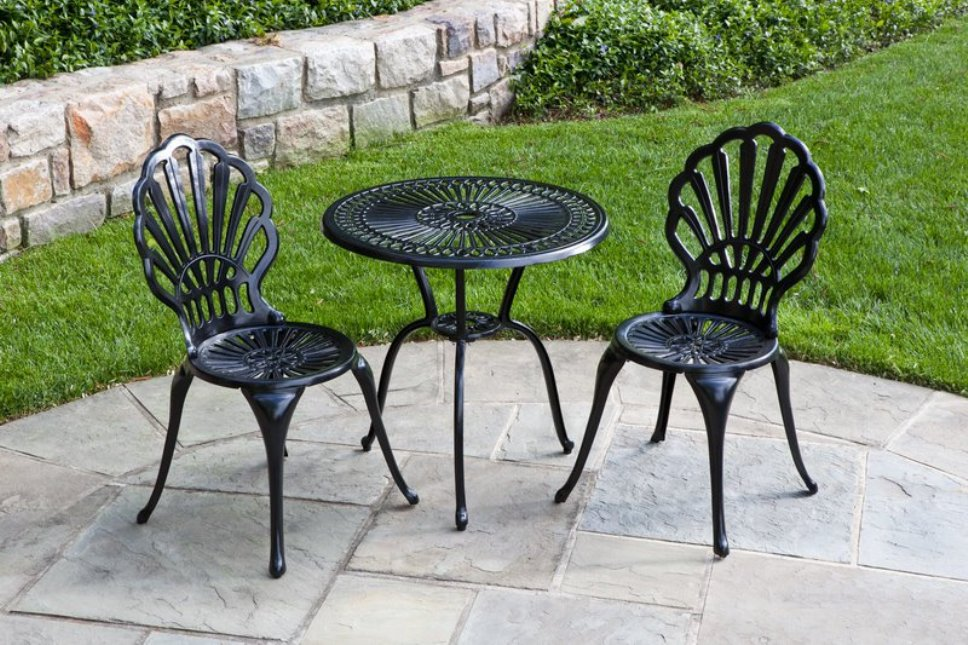Image of: Patio Bistro Sets With Ottomanst