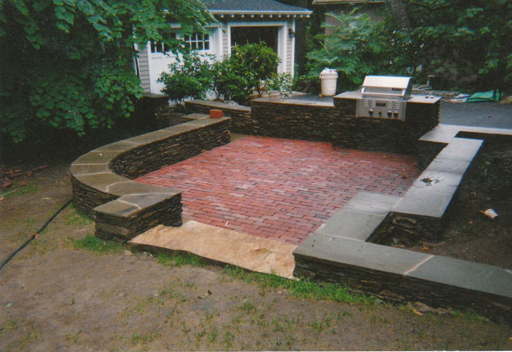 Patio Bricks Wall Ideas