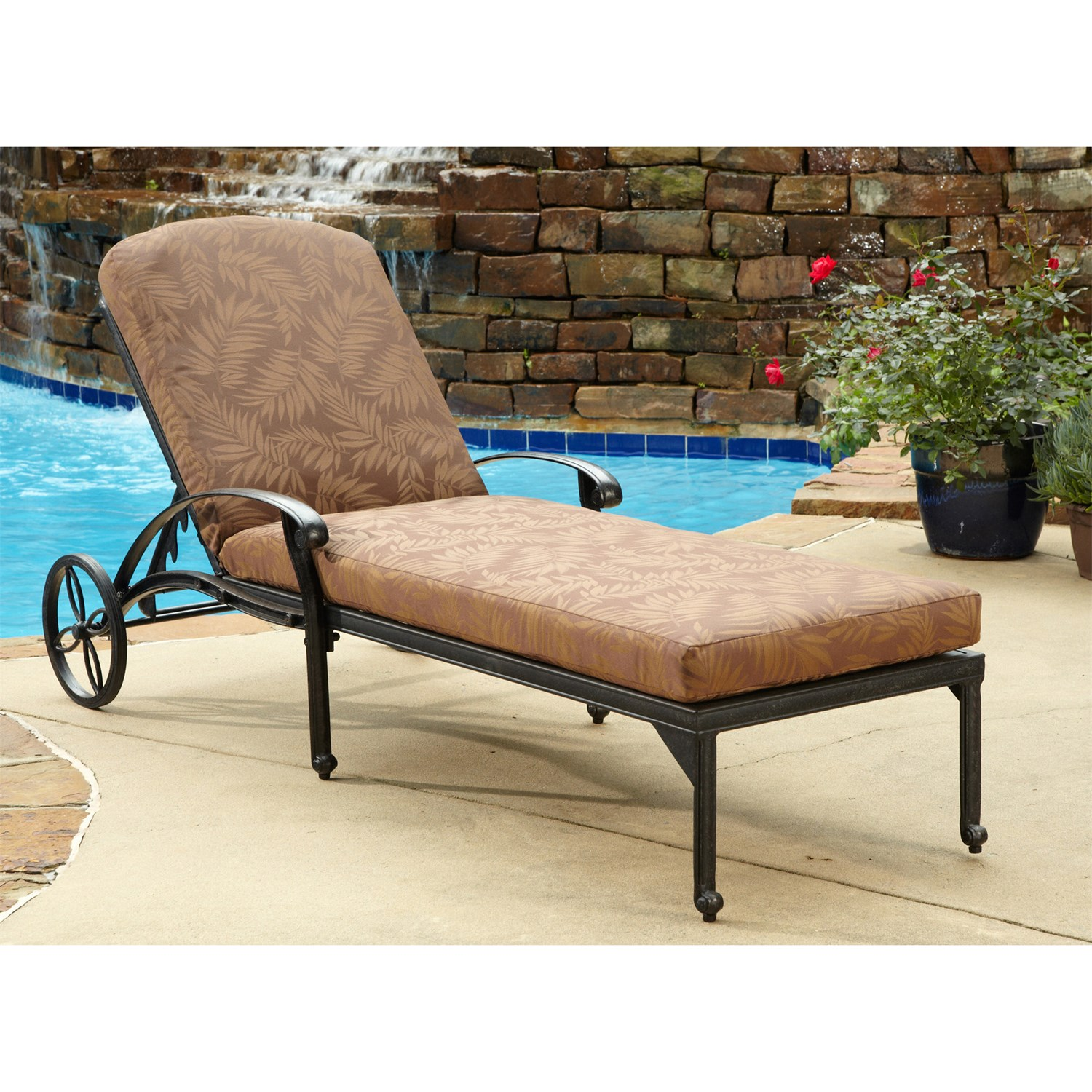 Image of: Patio Chaise Lounge Chairs Floral