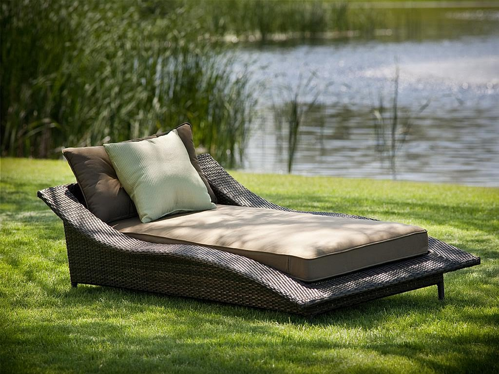 Image of: Patio Chaise Lounge Chairs Outdoor