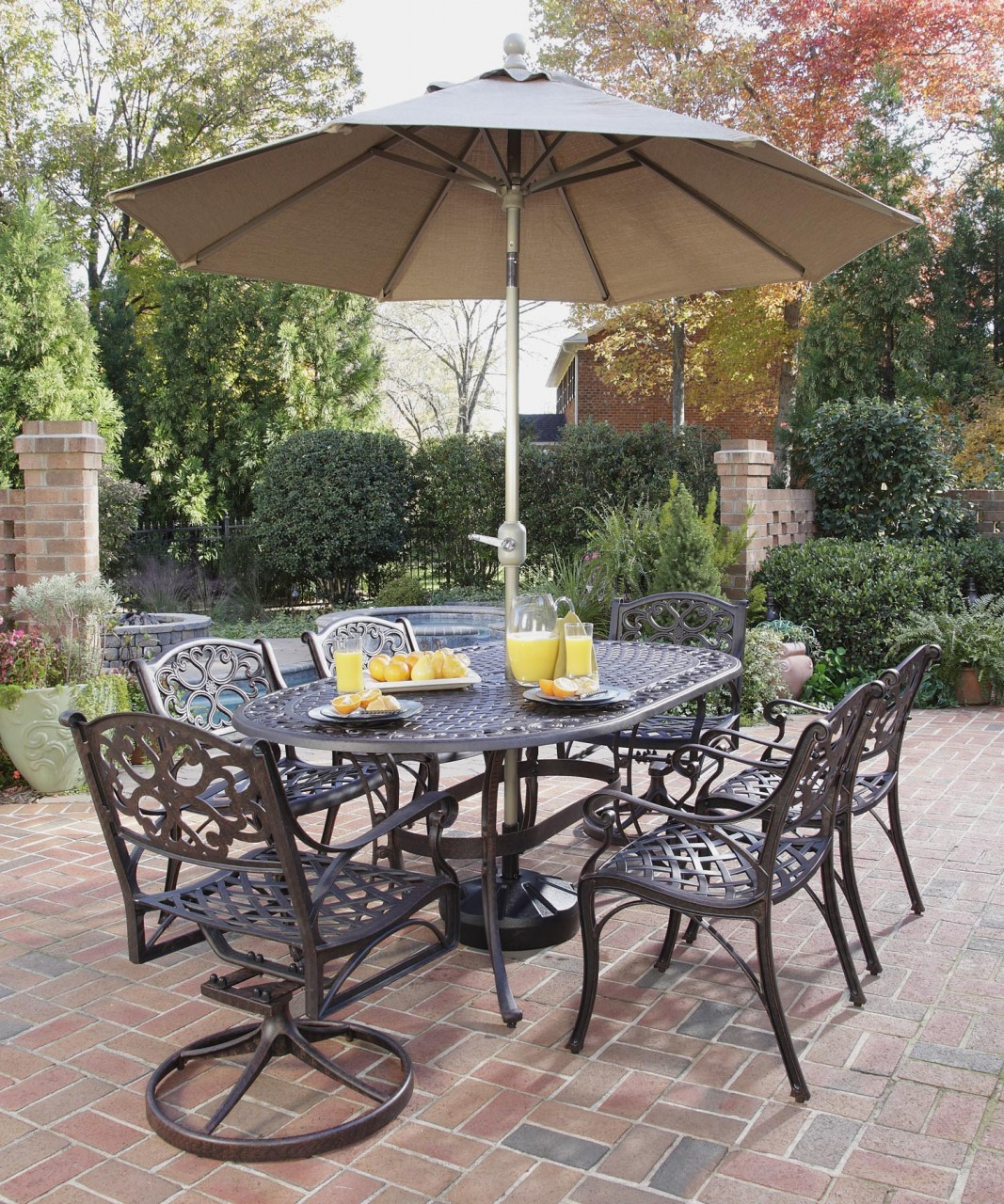 Image of: Patio Dining Set with Umbrella Color