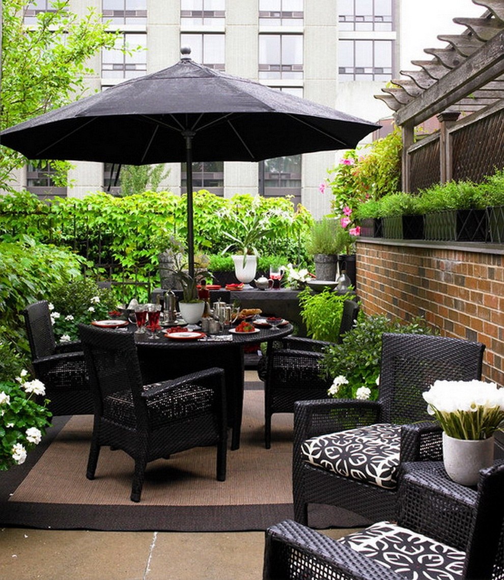 Image of: Patio Furniture with Umbrella Black