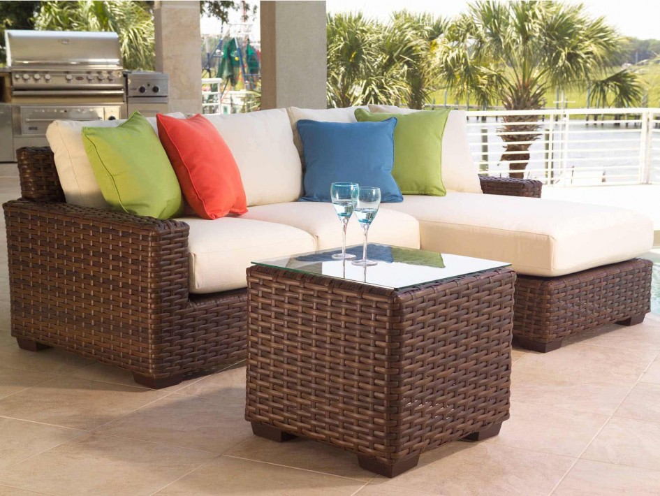 Image of: Patio Sectional Furniture Material