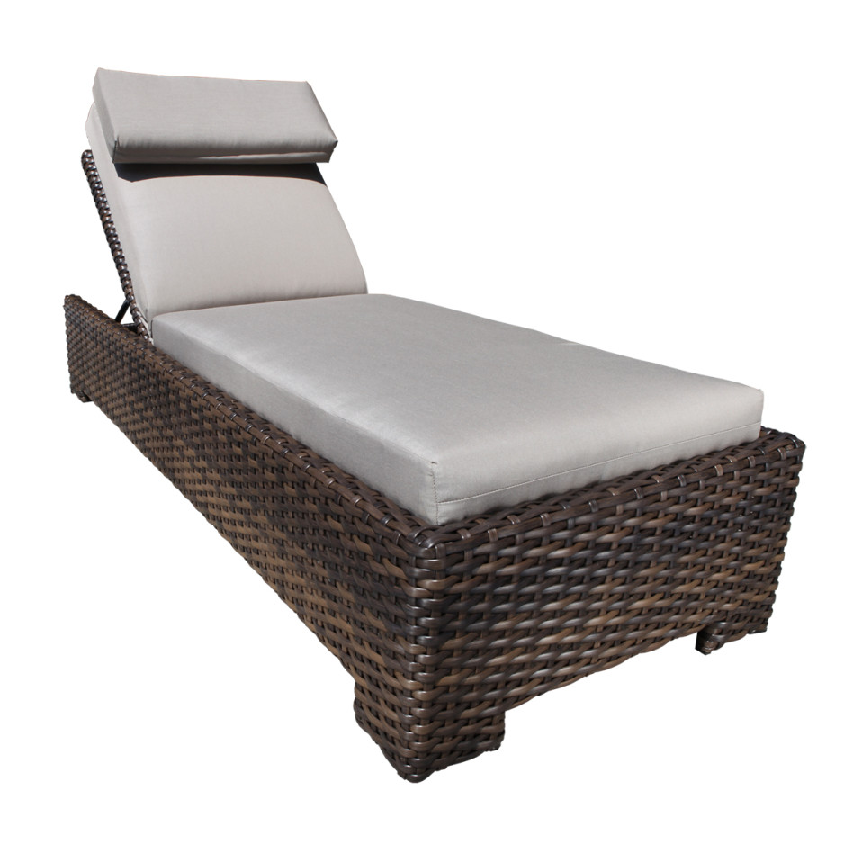 Image of: Perfect Patio Chaise Lounge Chairs