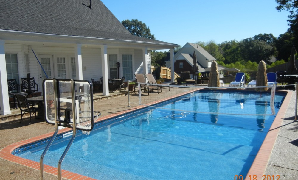 Image of: Pool Volleyball Net Install