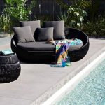 Pretty Outdoor Daybed