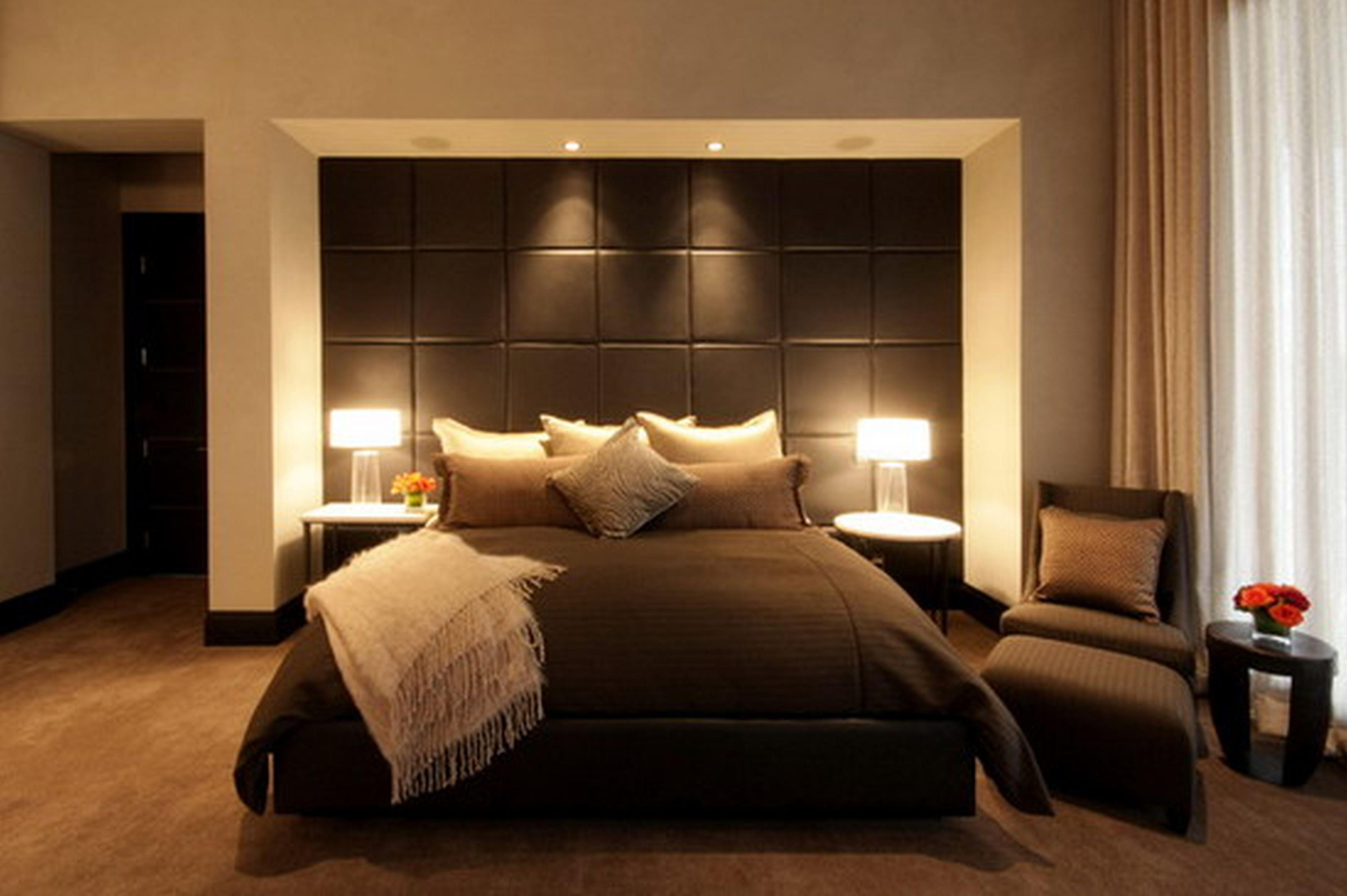 Image of: Queen Linen Headboard