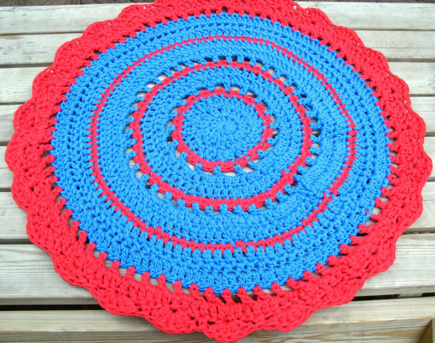Image of: Red And Turquoise Area Rug