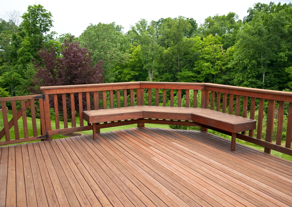 Image of: Redwood Decking with Bench