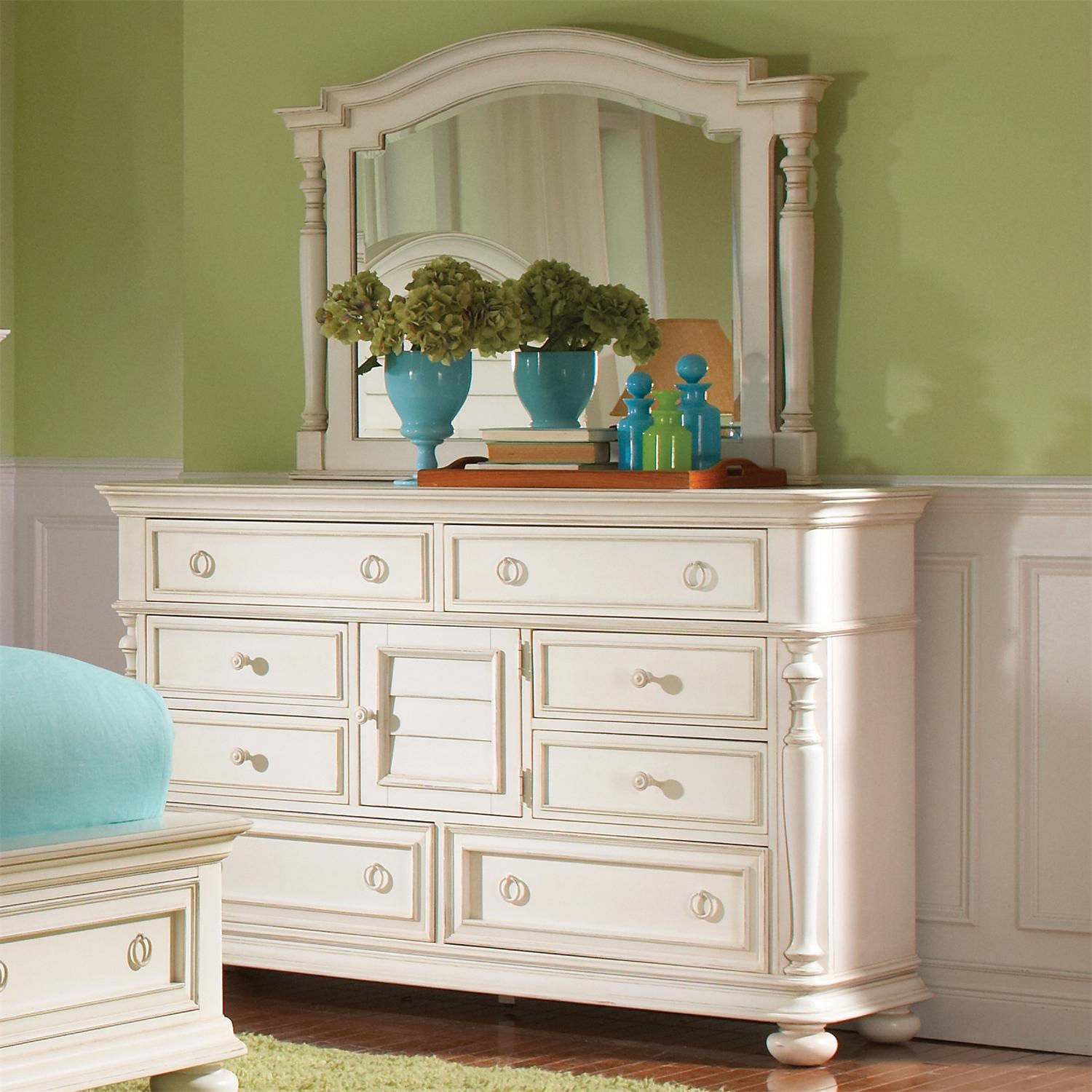 Image of: Riverside White Dresser With Mirror