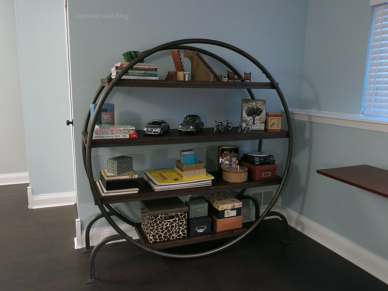 Image of: Round Bookcase Ideas