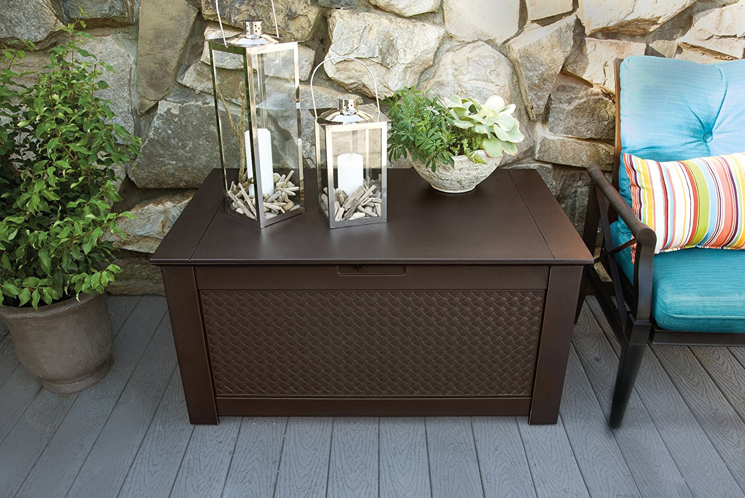 Image of: Rubbermaid Deck Storage Table