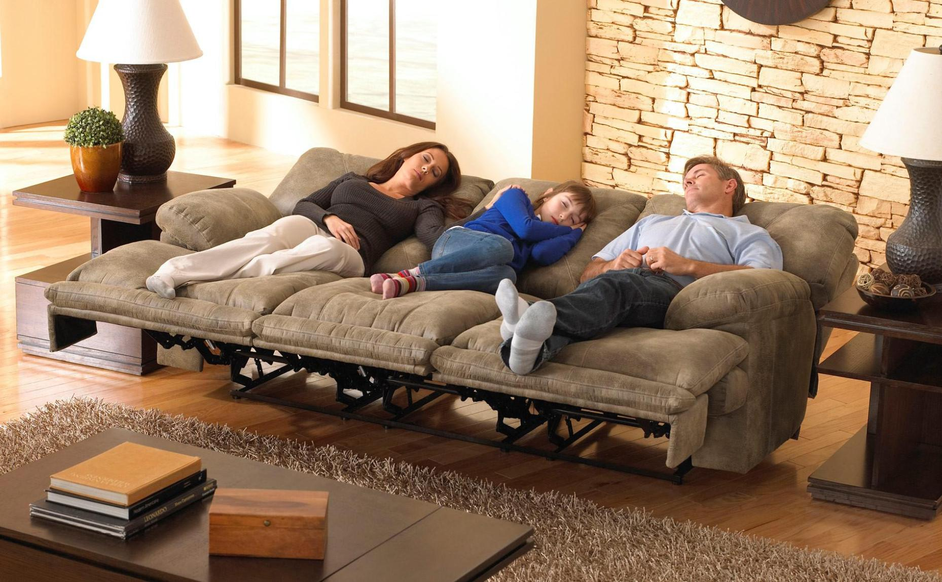 Image of: Sectional Sofa With Recliner