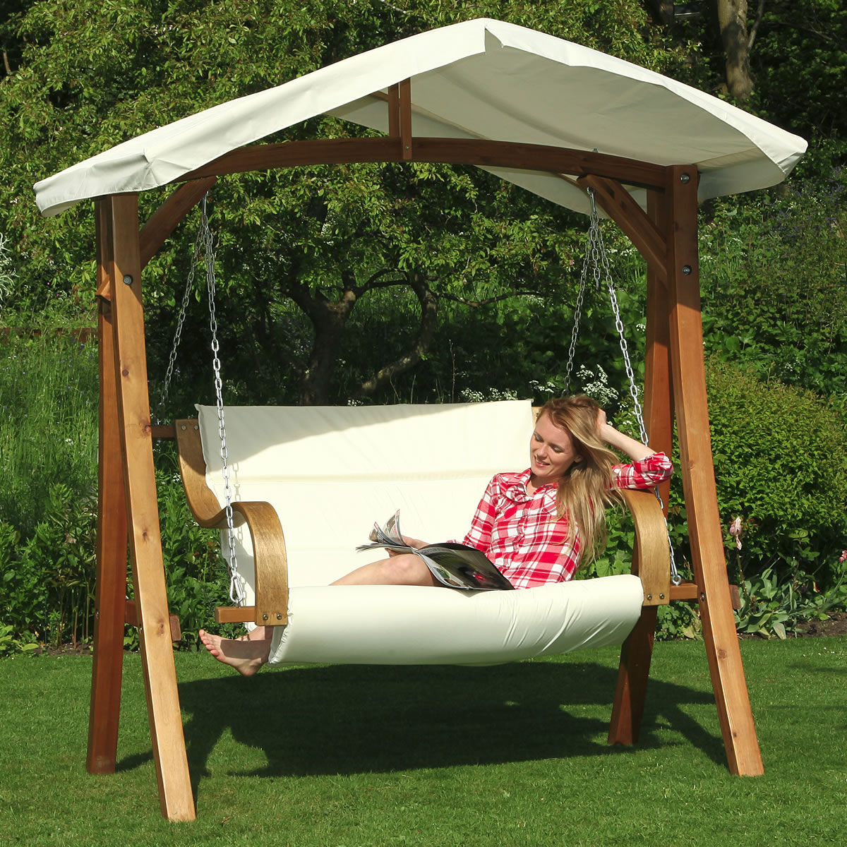 Image of: Simple Patio Swing with Canopy