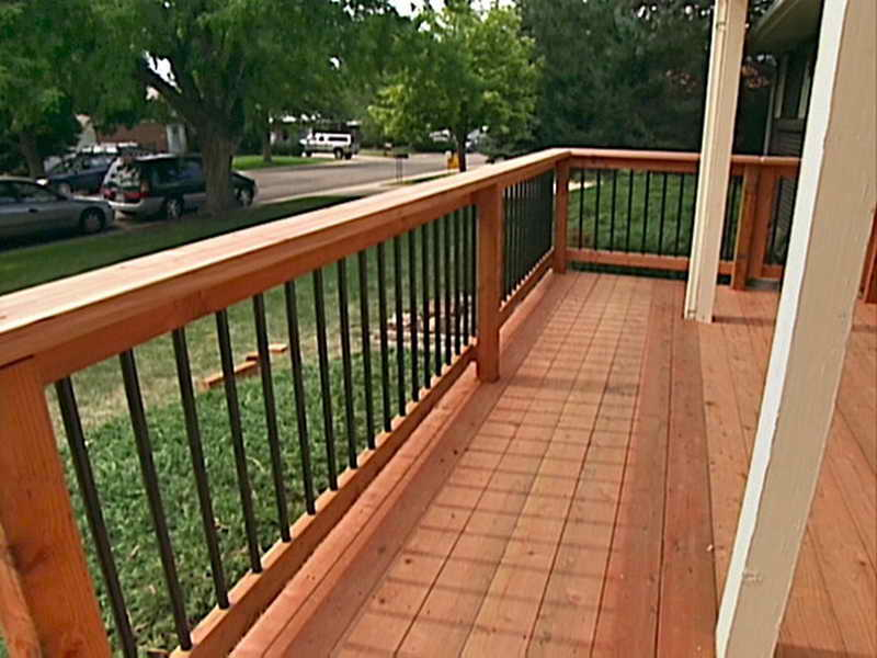 Image of: Simple Wrought Iron Deck Railing