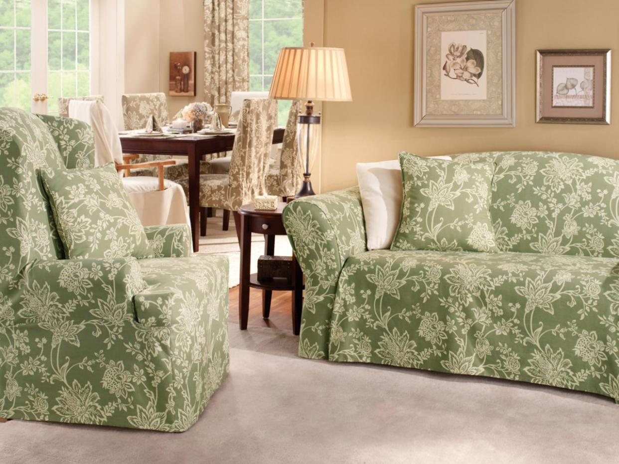 Image of: Slipcovers For Reclining Couch