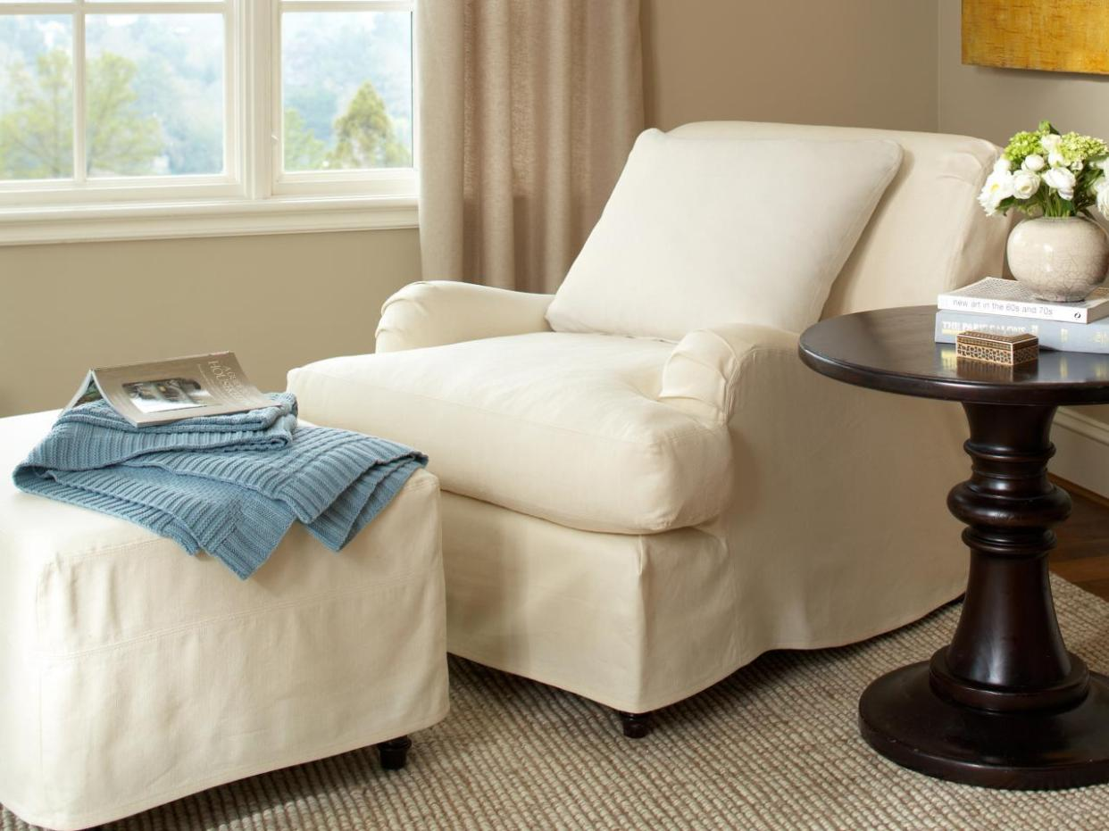 Image of: Slipcovers Recliner Chairs