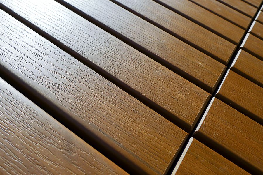 Image of: Snap Deck Tiles Surface