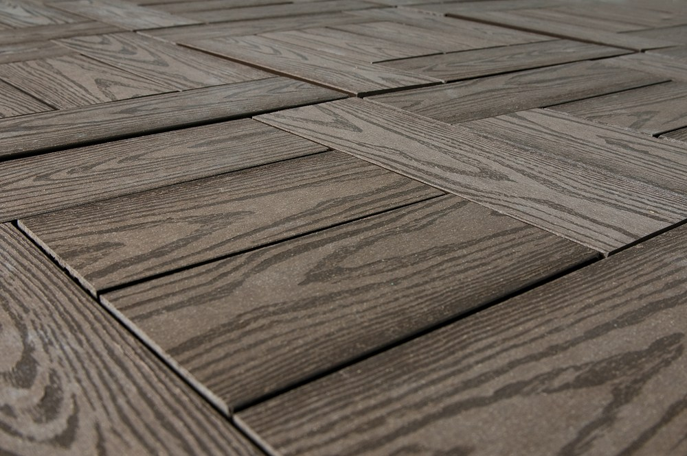 Image of: Snap Together Deck Tiles and Interlocking Patio Pavers