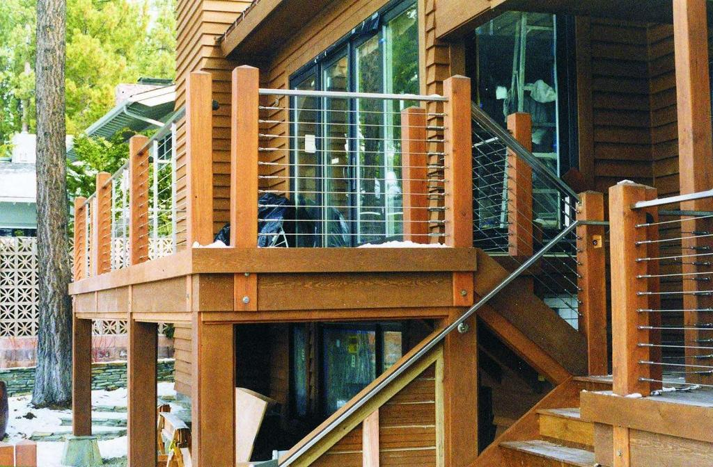 Image of: Stainless Steel Cable Deck Railing Systems