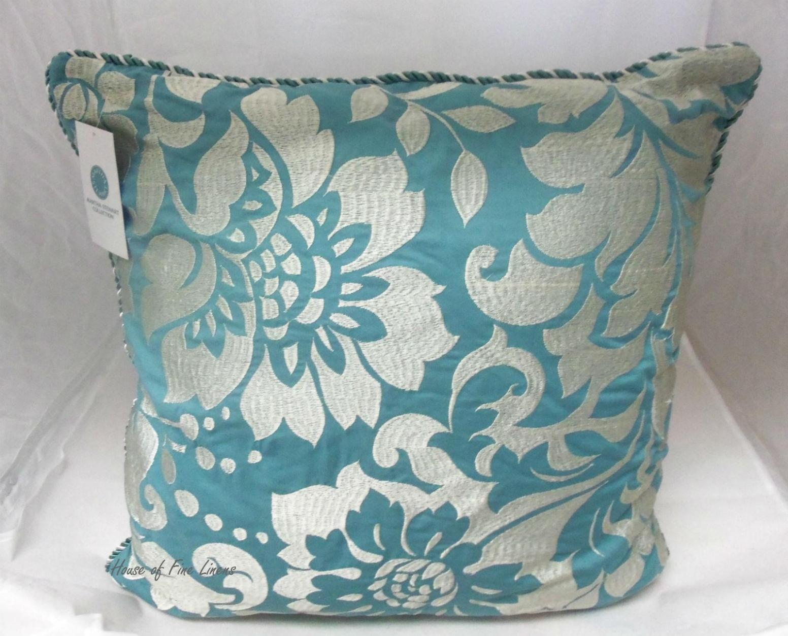 Image of: Teal Toss Pillows