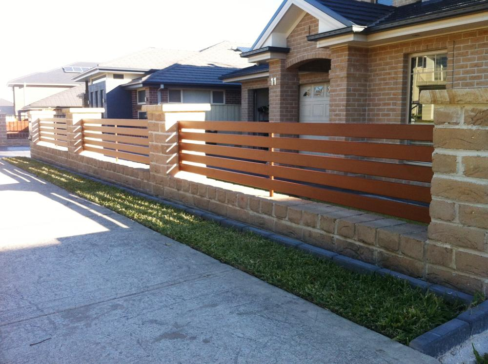Image of: Tips Retractable Deck Gate