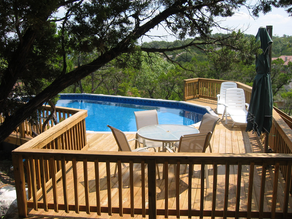 Image of: Top Oval above Ground Pools