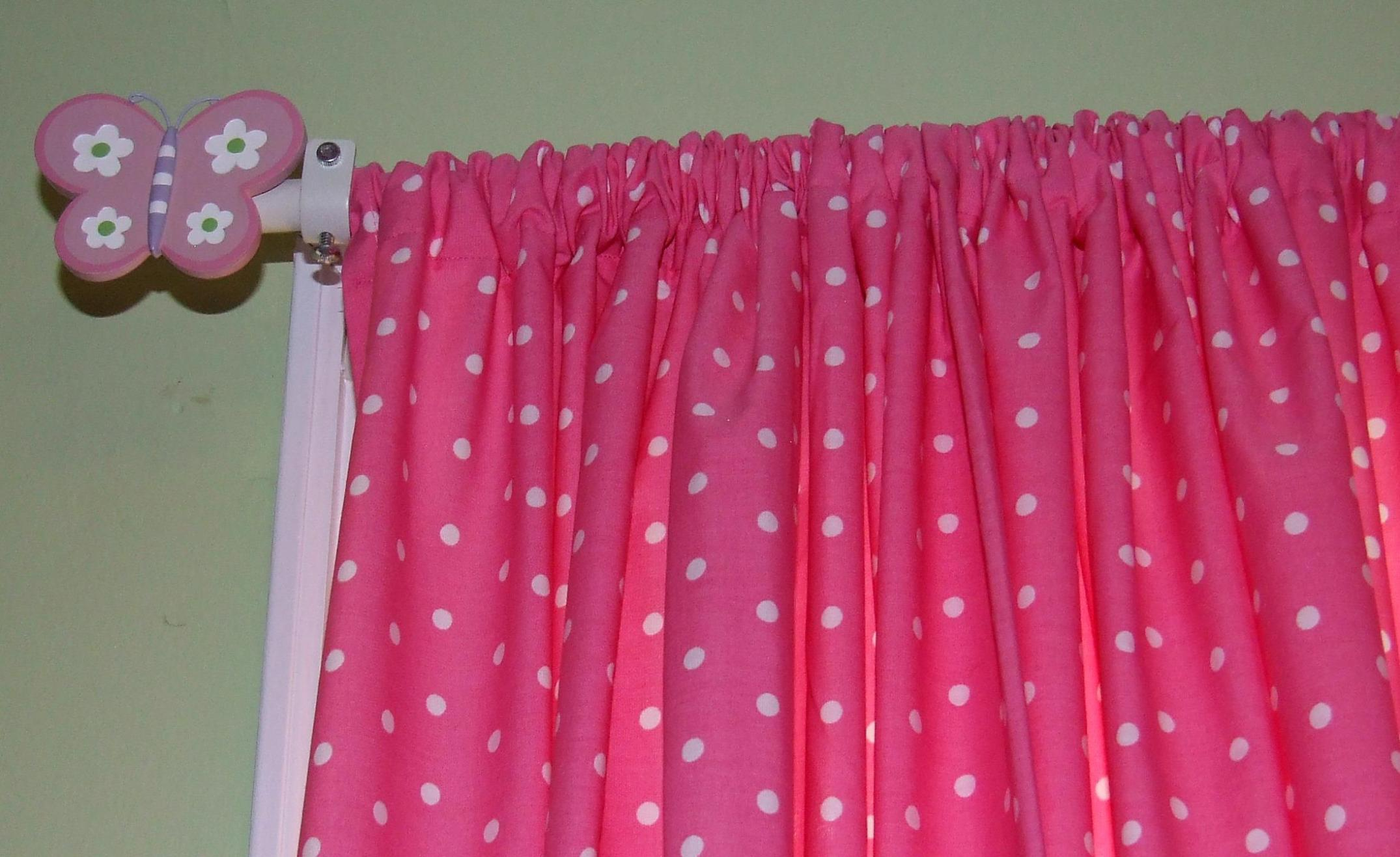 Image of: Traverse Curtain Rods Vertical