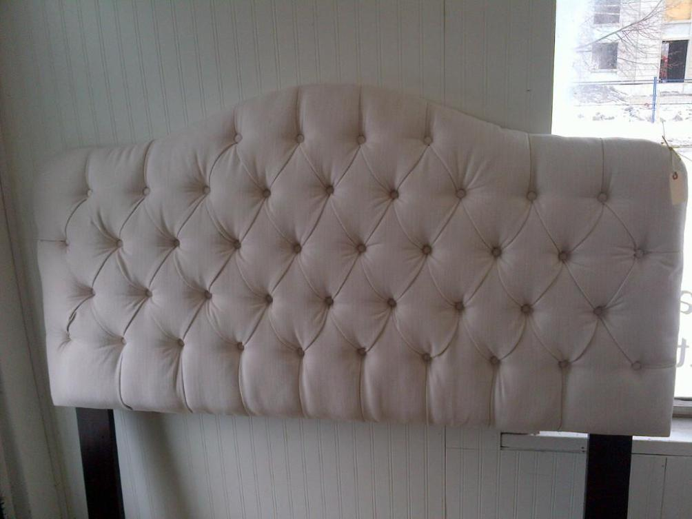 Image of: Tufted King Size Headboard