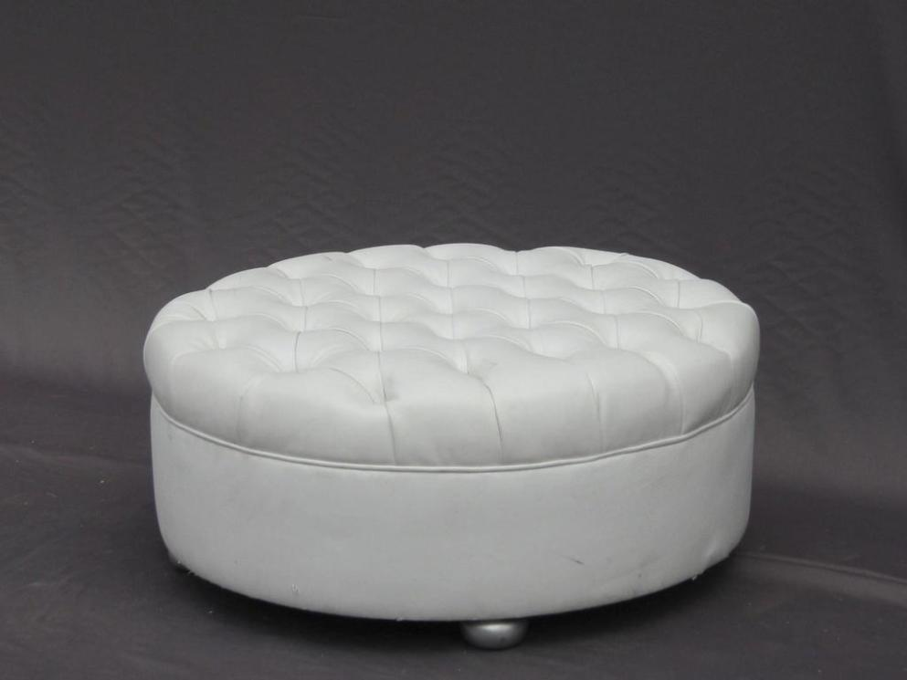 Image of: Tufted Ottoman Round