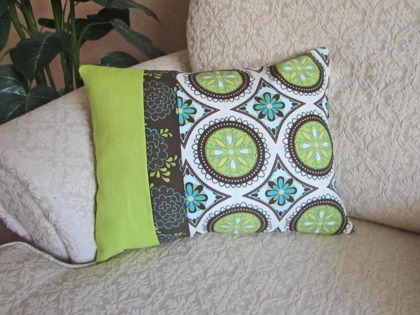 Image of: Turquoise And Brown Throw Pillows