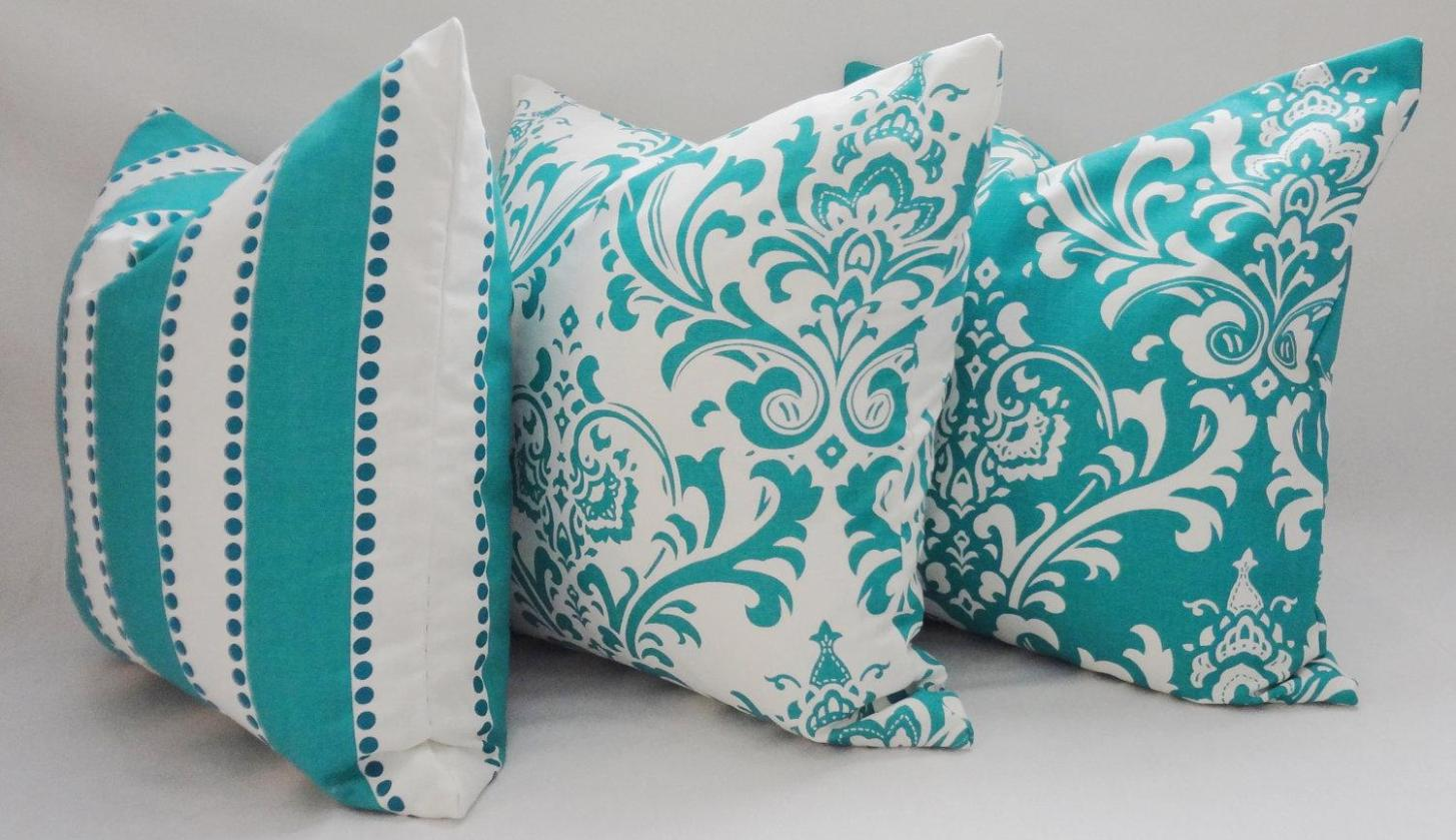 Image of: Turquoise Decorative Pillows
