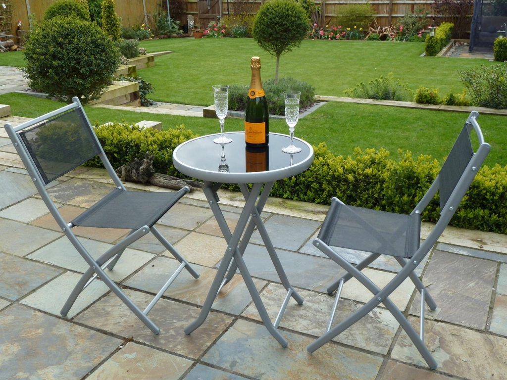 Beautiful Style Patio Bistro Sets