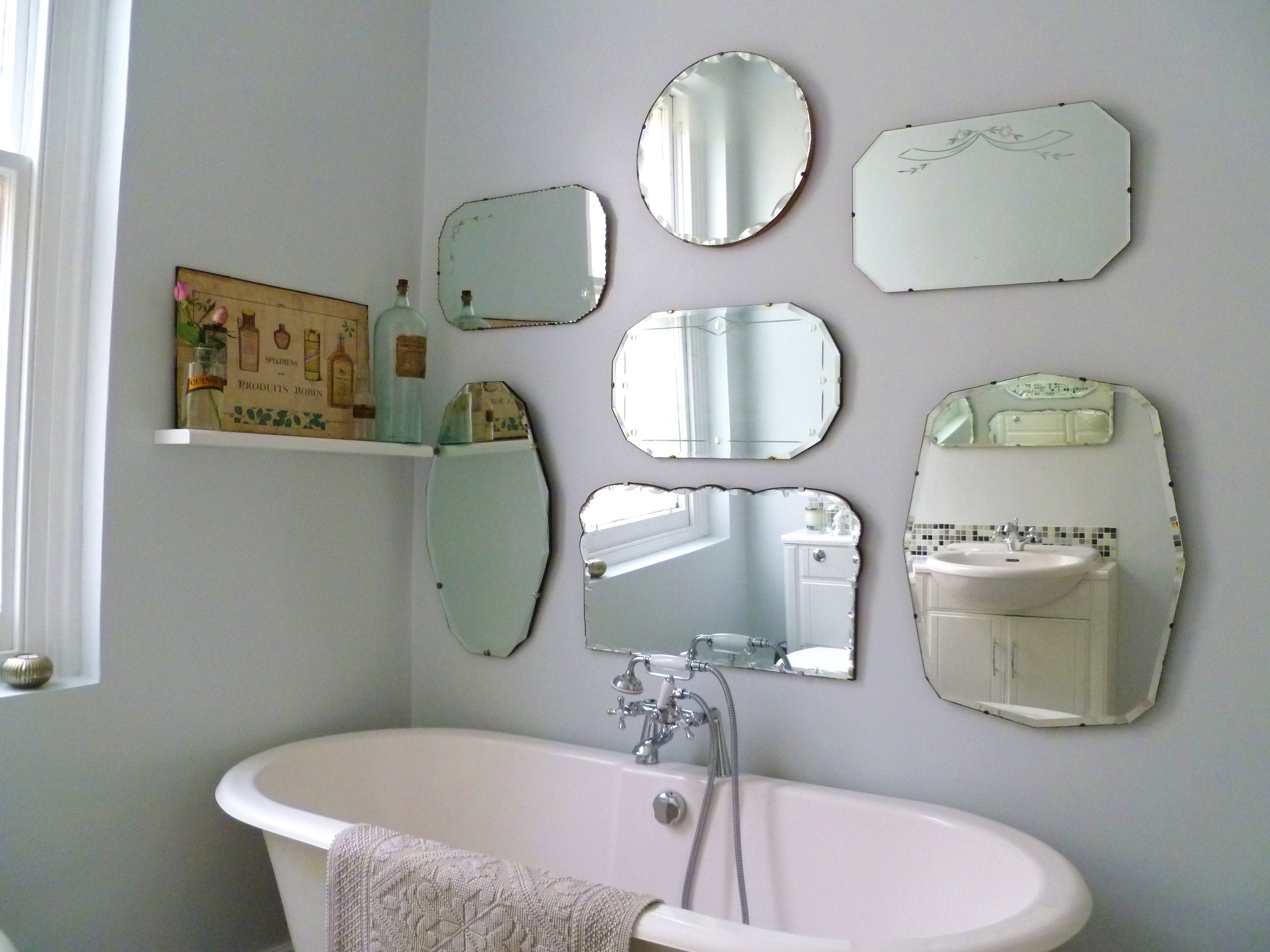 Image of: Vintage Wall Mirrors Style