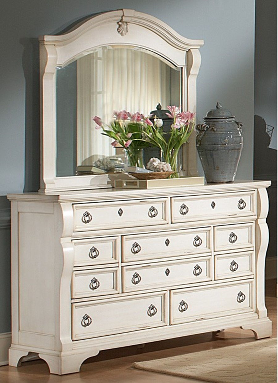 Image of: White Antique Dresser With Mirror