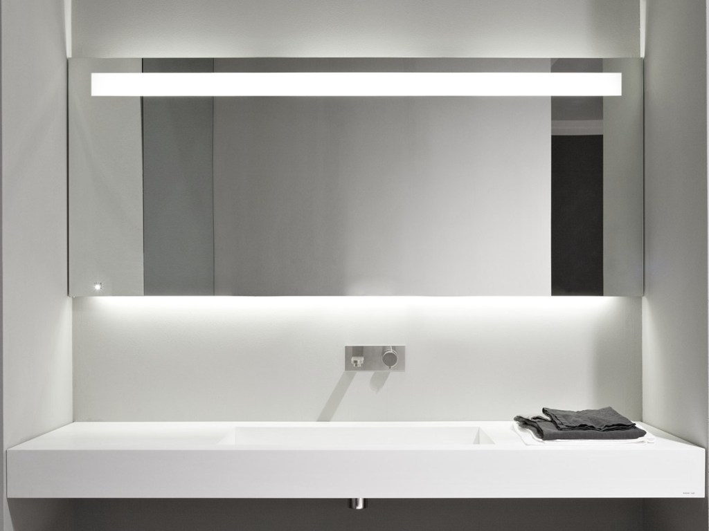 White Bathroom Mirror Ideas