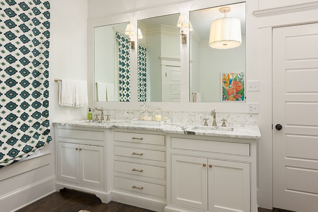Image of: White Bathroom Mirror Replacement
