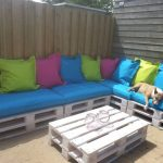 White Pallet Patio Furniture