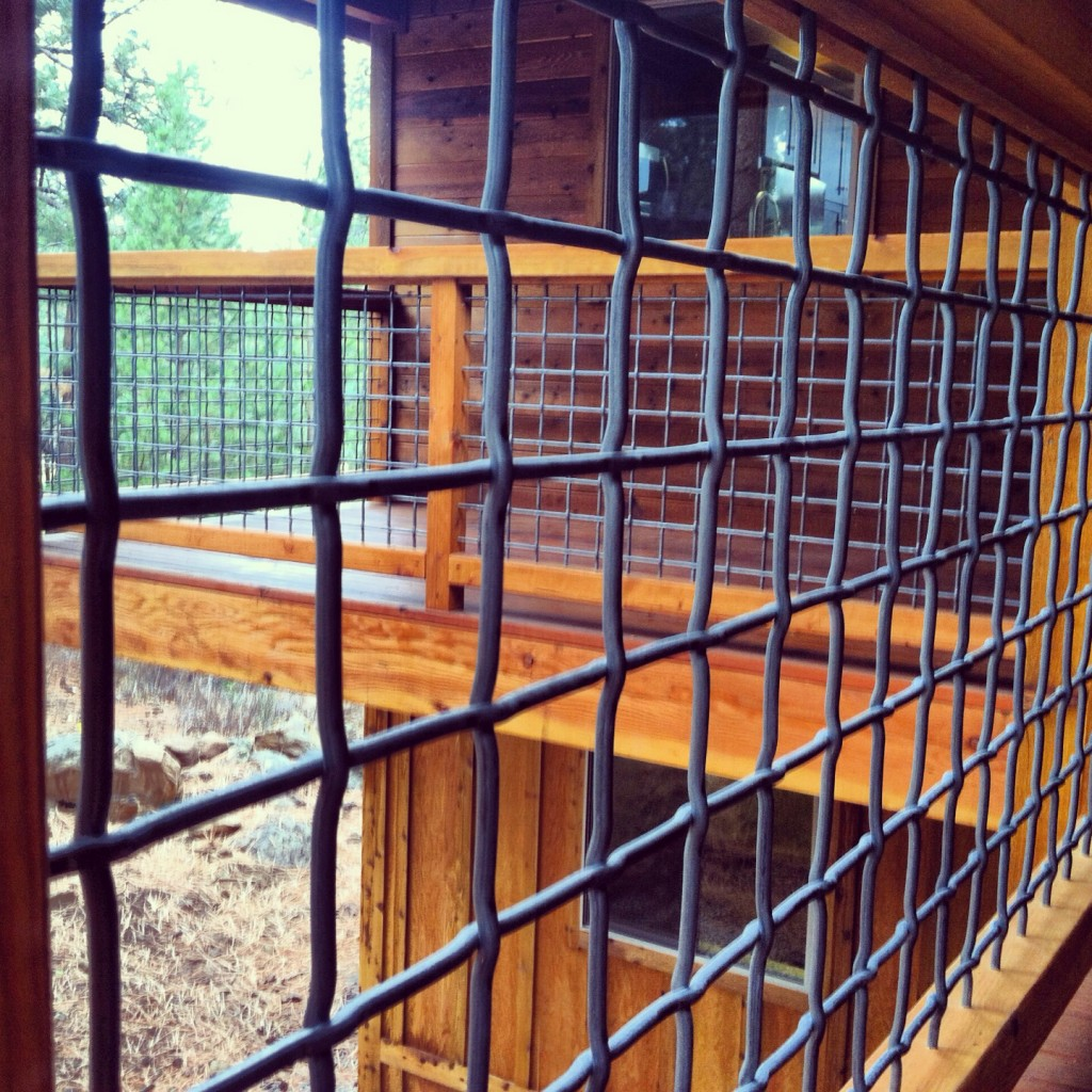Image of: Wire Mesh Deck Railing Style
