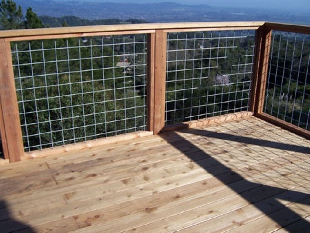 Image of: Wire Mesh Deck Railing Type